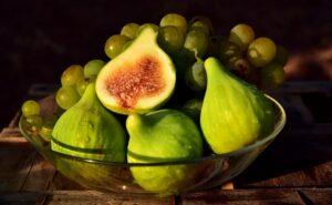 higos y uvas gastronomía de los países del mar mediterráneo