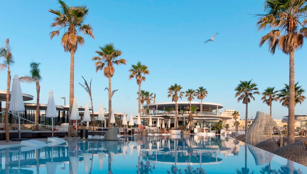 SkyBar Marina Beach Club, Valencia
