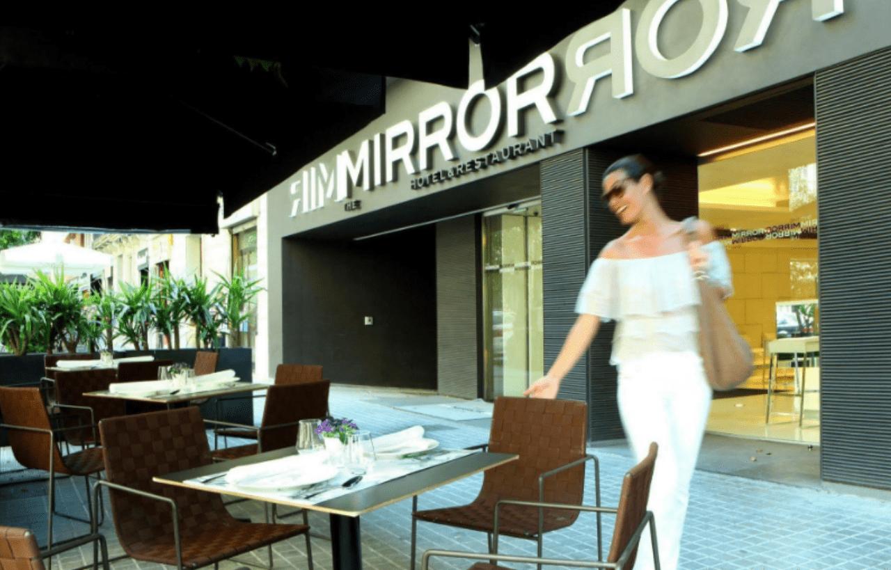 The Mirror, Barcelona