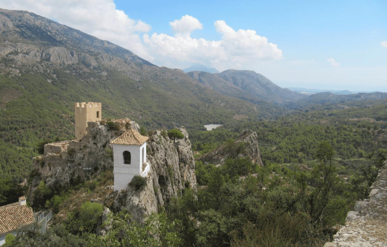 10 Pueblos con encanto de Alicante que te van a enamorar