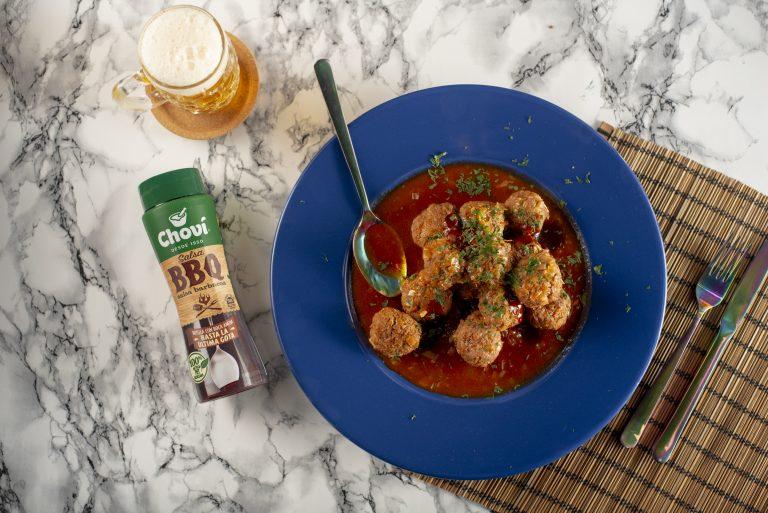 Albóndigas con salsa de barbacoa y cerveza